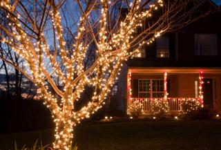 Christmas Light Home Safety Tips From A General Contractor